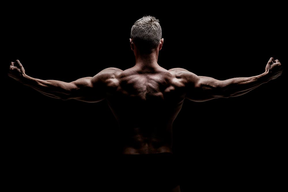 Bulk up or lean down? Who decides?